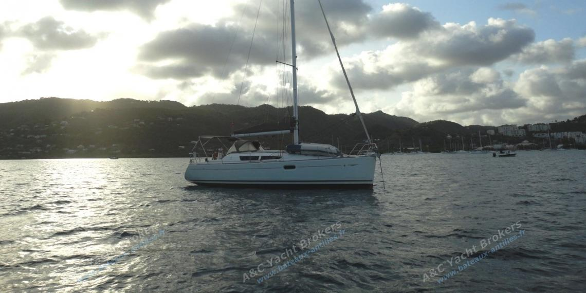 Jeanneau Sun Odyssey 36 I : At anchorage in Martinique